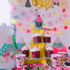 女子会/ケーキ/ケーキスタンド/誕生日会/2018/フォロー大歓迎/... 今日は職場の子の40歳のお誕生日会をしま…