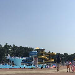 子供と暮らす/おでかけ/プール/夏の思い出 近くの市民プールへ(^ ^) この夏はも…
