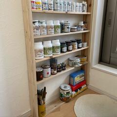 塗料収納棚DIY/塗料棚/ダイソー/セリア/DIY/収納 塗料収納棚を作りました。 ディスプレイす…