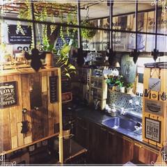 賃貸/カフェ風インテリア/男前インテリア/調味料ラック/フェイクグリーン/観葉植物/... キッチンを違うアングルから撮影🤗🎶  ガ…