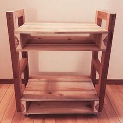 キャスター付き/木製パレット/テーブルワゴン/DIY 一人暮らし用にキャスター付きのパレットテ…