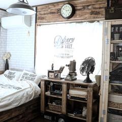 メッシュロッカーDIY/トロリーテーブルDIY/インダストリアル/DIY/リフォーム/リノベーション/... ベーカリーな寝室