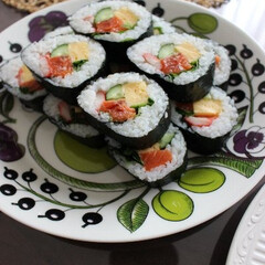 海苔巻き/ランチ/パープルパラティッシ/おうちごはん/わたしのごはん 海苔巻き  お昼に冷蔵庫のありもので作っ…
