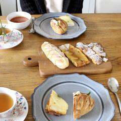 ランチ/おうちカフェ/スタジオm/紅茶/花束/パン/... 美味しいパン屋さんのパンを買って、ミネス…(2枚目)