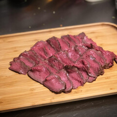 肉料理/料理/おうちごはん/暮らし/うちの定番料理 うちの定番料理はローストビーフ。牛ブロッ…