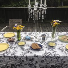 モノトーン/ファブリック/テーブルクロス/別荘 デンマークの別荘へ遊びに行った時に、テラ…
