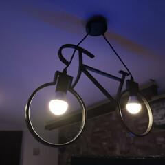 LED電球/調光/調色/おしゃれ照明 自転車型 吊り下げ照明設置✨ 可愛くてオ…
