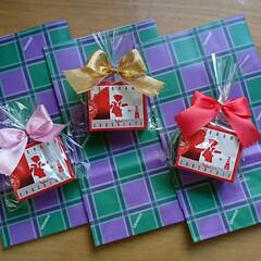 友だち/お饅頭/カエルチョコ餡/赤い靴/バレンタインデー 女友だち四人で定例🍴ランチ バレンタイン…