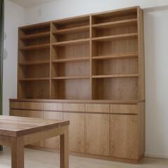 オーダー家具/東京/walden/本棚 チェリーで製作した本棚を兼ねた壁面収納。…