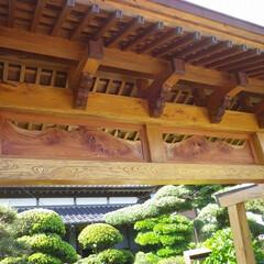 門/建具/けやき/欄間/木工 門の欄間を制作。当工房は家具のみでなく、…