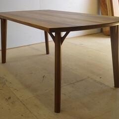 テーブル/ナチュラル/シンプル アサメラという木で制作したダイニングテー…