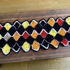 編み物/モチーフ編み/ハンドメイド やっと、完成🙌 ショールにはちょっと丈が…(1枚目)