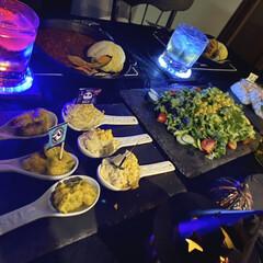 ポテサラとかぼちゃ/シャトレーゼ/サラダ/生春巻き/カレー/halloween/... 昨日は娘の友達がご飯を食べに来てました☺…(2枚目)