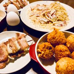 カルボナーラ/コロッケ/焼き鳥/LIMIAごはんクラブ/わたしのごはん/グルメ/... 昨日の夜ごはん😊 どれも美味しかった🎶 …