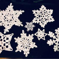 ペッパーランチ風/リミ友ちゃんに感謝/ウサギちゃん/雪の結晶モチーフ/ハンドメイド/住まい 雪の結晶やっぱり可愛い😆💕 はまってます…