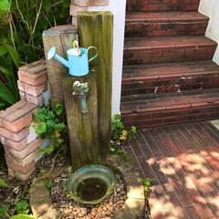 枕木/立水栓/ガーデニング/DIY 15年前に夫婦でDIYした立水栓。 春は…