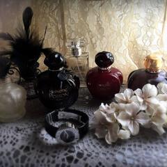 自分癒し/香り 大好きな香り達です。 毎日眺めて、身にま…