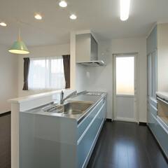 キッチン/かわいいキッチン/水色/ブルー/岩手/施工例/... 伸和ハウスの施工例です。 キッチンは奥様…
