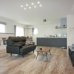 ビルトインガレージ/ガレージハウス/2階リビング/家具/ソファ/ニッチ/... 狭小地を活かしたビルトインガレージハウス…