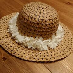 LIMIA手作りし隊/ハンドメイド/100均/ファッション 子供の麦わら帽子を探していたら、可愛いと…(1枚目)