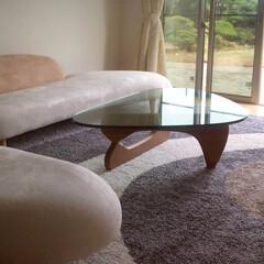 不動産・住宅/SOFA/Table/フリーフォームソファ/ノグチテーブル/ローテーブル 色のトーンや丸みのあるテイストで全体を統…
