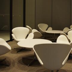 公共/Table/Chair ホワイトレザーのSイージーチェアはま…(1枚目)