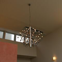 バルブランプ/Lamp 近代的なデザインのバルブランプ。存在感は…