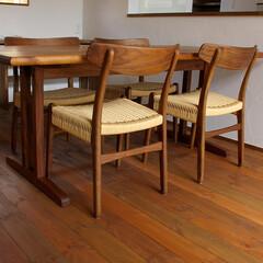 不動産・住宅/Chair/Table/ND23 シンプルなフォルムのND23ダイニン…