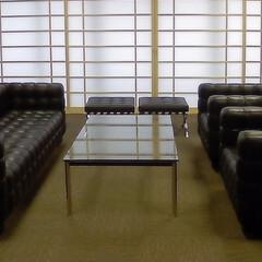医療/SOFA/Table/LC10/クーブスソファ 和テイストの空間にクーブスソファとLC…