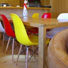 不動産・住宅/Chair シェルチェアはカラーバリエーションが豊…