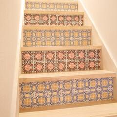 DIY/マステ/decolfa/デコルファ/マスキングテープ/簡単DIY/... まるで階段にタイルをつけたように見えるマ…