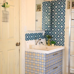 decolfa/デコルファ/ニトムズ/洗面所/インテリア/バスルーム/... タイルステッカーはキッチンだけでなく洗面…