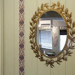 DIY/簡単DIY/玄関/インテリア/リノベーション/decolfa/... 玄関にミラーを取り付けると、インテリアの…