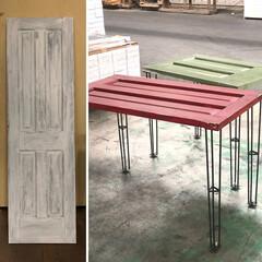 海外/ドア/リメイク/DIY/エイジング/インダストリアル 木製ドアをリメイクしてテーブルに。アウト…