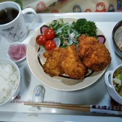 作り置きおかず/おうちご飯  こんばんは(*^^*)  たまに晩ごは…(1枚目)