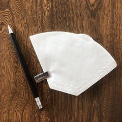 繰り返さない/とりあえず買いは失敗する/コーヒーフィルター/メモ帳 我が家は円錐形のコーヒーフィルターを使っ…