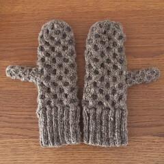 ハニカム模様/ミトン/編み物/メリノウール/手紡ぎ/手芸/... 手紡ぎメリノウールのハニカム模様ミトン …