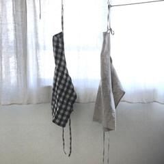 foglinenwork/リネン/エプロン/キッチン/雑貨/暮らし/... エプロンはリネンを使っています。 左側は…(1枚目)