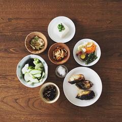 Madu/戸田文浩/sorapotterwork/日々の食卓/シンプルライフ/素材の味/... お料理が苦手な分、 食器に食卓を演出して…