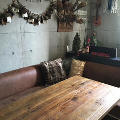 ダイニングソファ/古材テーブル/壁紙屋本舗/ドライフラワーのある暮らし/アドベントカレンダー/クリスマス2019/... こんにちはー☆ これからの乾燥に備えて、…