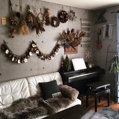 ムートンラグ/ウクレレ/ピアノ/クリスマスインテリア/アドベントカレンダー/ドライフラワー/... 毎朝 アドベントカレンダー を楽しみにし…