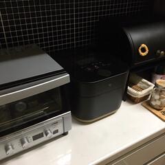 ブレッドケース/山善/炊飯器/象印/タイガー/コンベクションオーブン 炊飯器も買い替えました❣️ こちらも11…