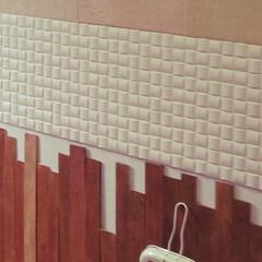 板壁/ベニヤ板/DIY/玄関 玄関入ってすぐの壁 ベニヤ板を貼って板壁…(2枚目)