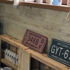 水性塗料/リビング棚/DIY収納/収納/おしゃれ/DIY/... リビング壁面に立てかけているパレット  …