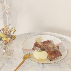 テーブル/IKEA/ドライフラワー/ポーセラーツ/簡単レシピ/節約レシピ/... 最近ハマってる 春巻きの皮  これはバナ…(1枚目)