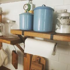 セリアペーパータオルホルダー/セリアキッチン用品/ペーパータオルホルダー/100均/セリア/キッチンツール/... 我が家のペーパーホルダーはセリアの物です…