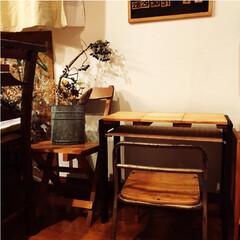 リビング学習/リメイク家具/リメイク/リビング棚/リビング机 こちらのミニ机は本当は2枚目の写真のよう…