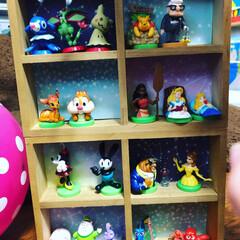 セリア/100均/ハンドメイド/フォロー大歓迎 子供と一緒に、チョコエッグの景品の飾り棚…(1枚目)