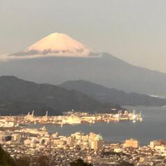 富士山🗻 今日の富士山 夕暮れ時 日本平から清水港(3枚目)