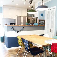 ガーランド/ペンダントライト/サブウェイタイル/ルーバー/virco/ダイニングテーブル/... 元々紺一色だったキッチンカウンターをペン…